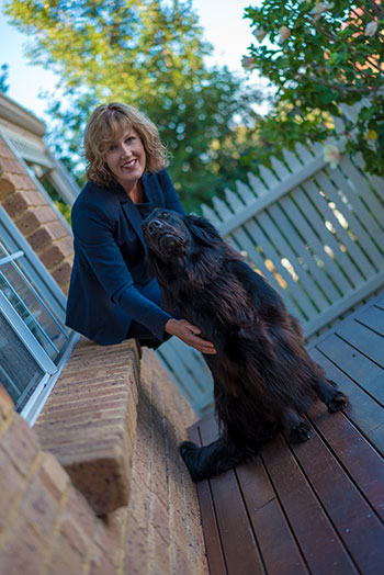 perth-bookkeeper-sharon-and-dog